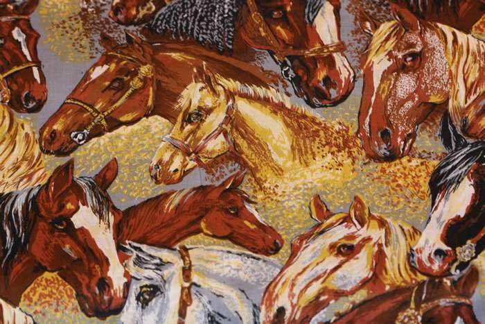 Deco_stoffen_paarden_31